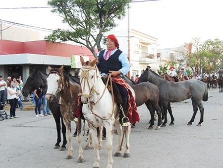 desfileagrupaciones13