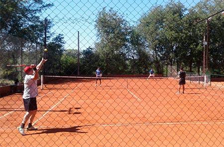 teniselfaro8 (0)